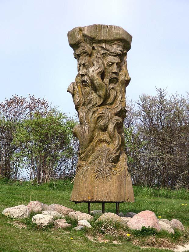 posąg świętowita